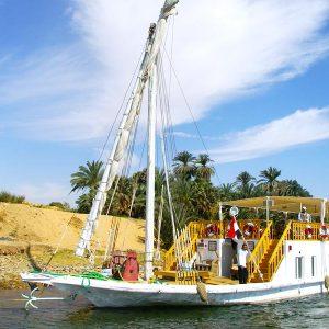 4 Days Dahabiya Nile Cruise Aswan to Luxor