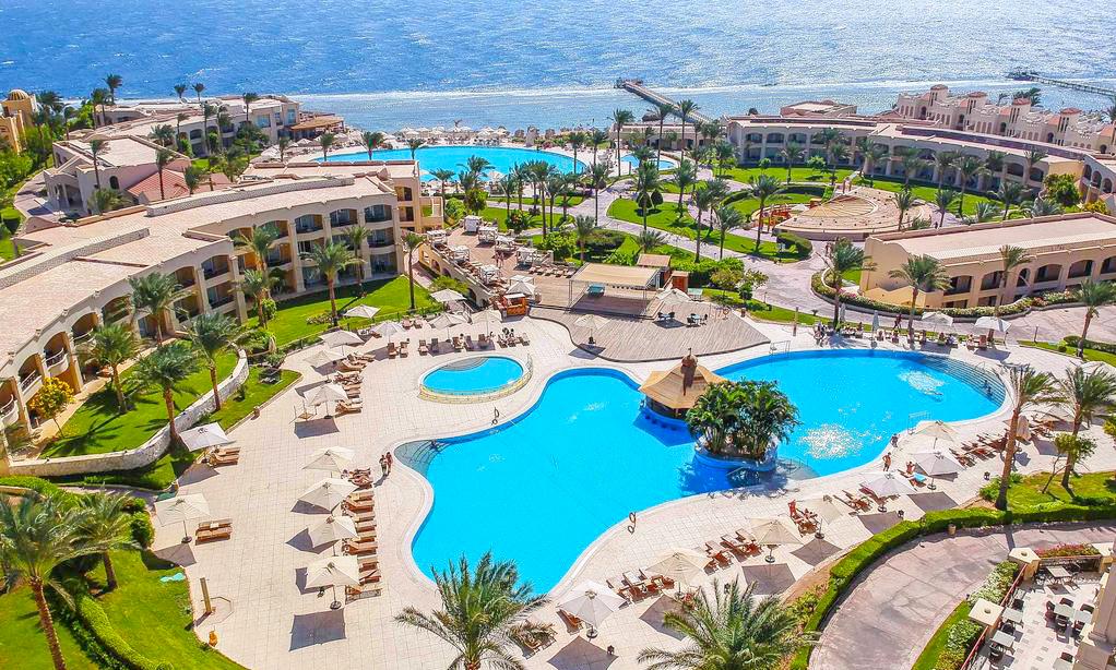 Cleopatra Luxury Resort - Hurghada Diving Sites - Egypt Tours Portal