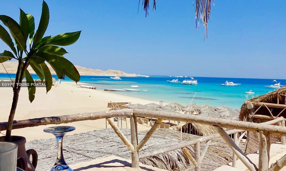 Gifton Island - Beaches in Hurghada - Egypt Tours Portal