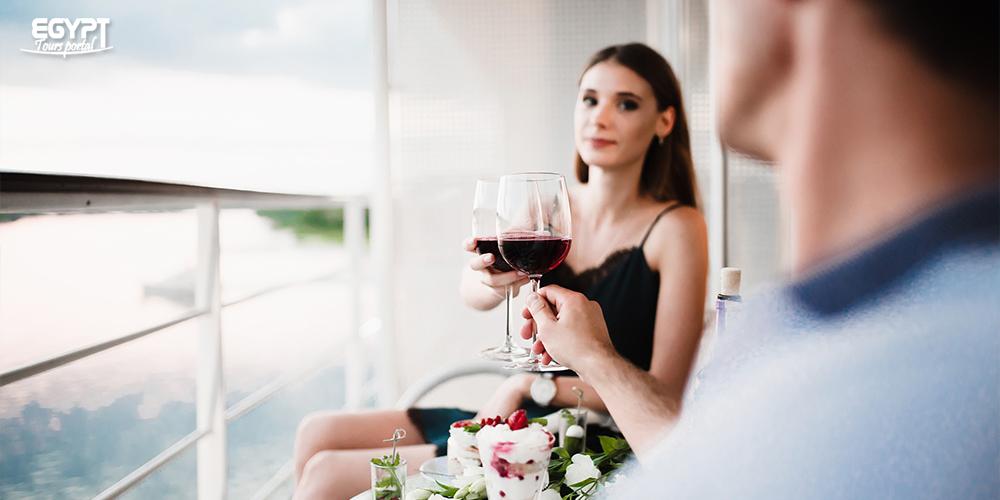 Egypt Romantic Dinner Cruise - How to Enjoy Honeymoon Holiday in Egypt - Egypt Tours Portal
