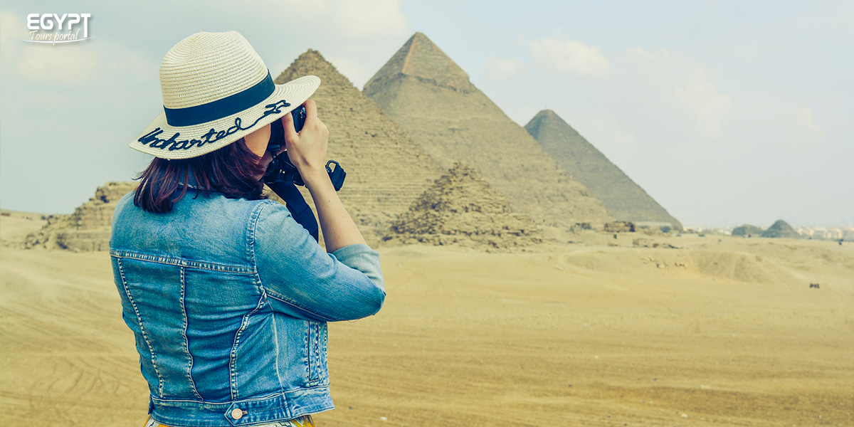 Collect an Album of Photos with Your Friends - How to Plan A Vacation With Friends in Egypt - Egypt Tours Portal