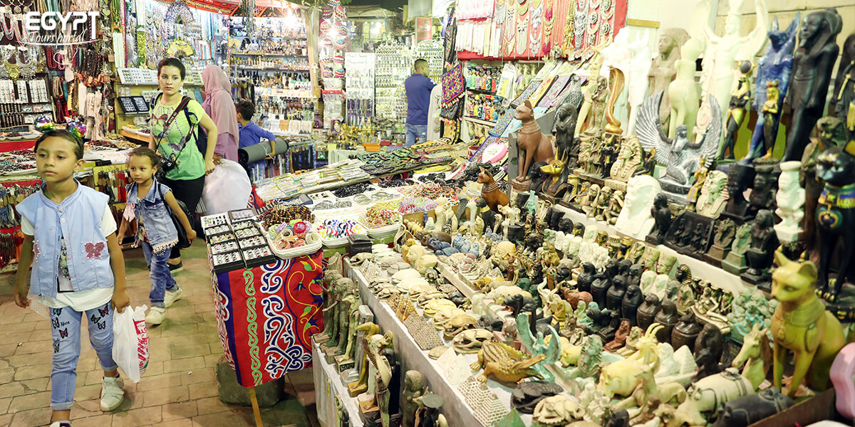 Shopping in Luxor - How to Spend a Night in Luxor - Egypt Tours Portal